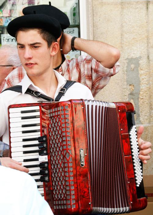 Fotos das Festas da Guadalupe 2011: o feirón mariñeiro (3/6)