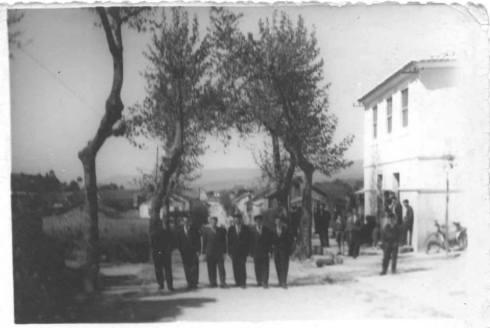 Estrada que vai de Asados a Rianxo, dende a altura do Cruceiro